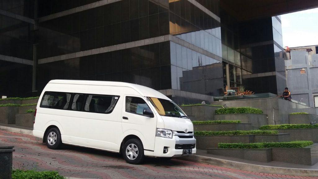 Sewa Hiace Jakarta Pusat