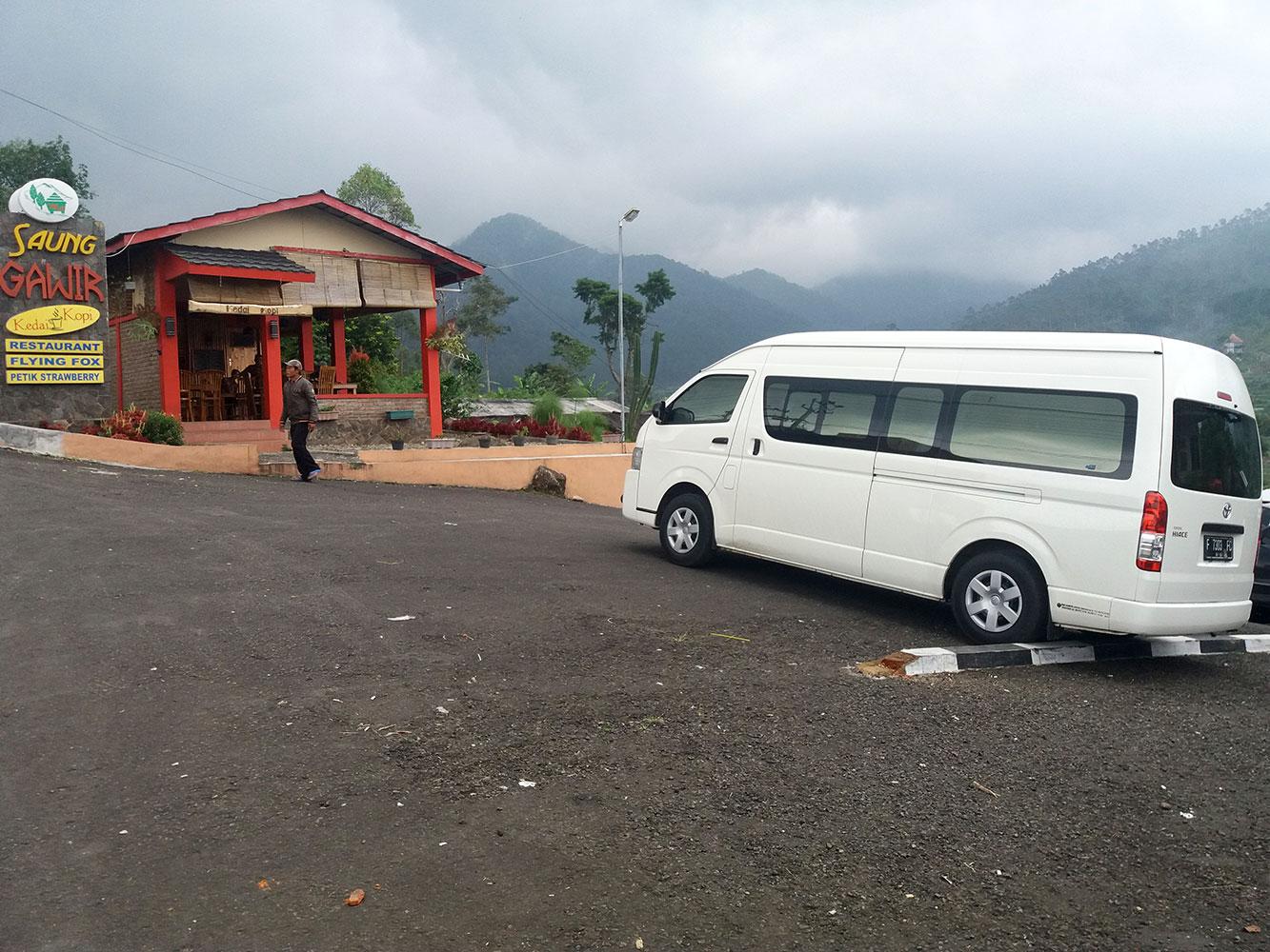 Sewa Hiace Bandung